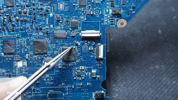 Sửa laptop Dell E5440 với nhiều lỗi khá nghiêm trọng